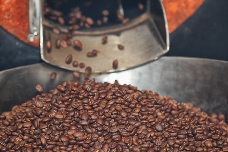 roasting: roasting coffee beans