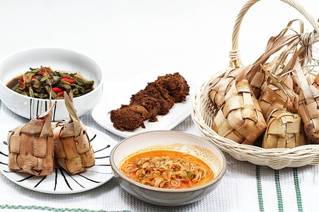 Ketupat Lebaran, 인도네시아 음식