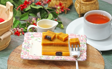 coffee breaks: layer cakes, Indonesian recipe