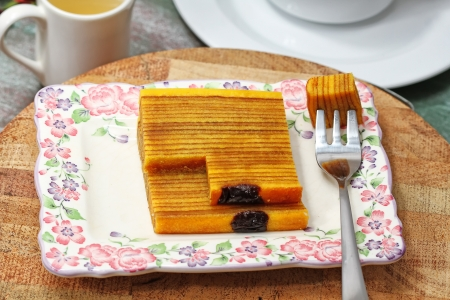 tea breaks: layer cakes, Indonesian recipe