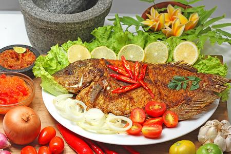 gurame bakar, Indonesian food Reklamní fotografie - 83664504