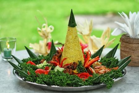 Indonesian nasi tumpeng photo