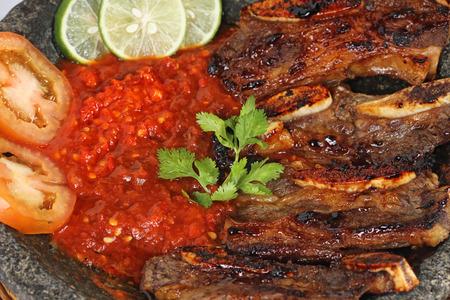 iga: iga penyet, Indonesian spicy grilled ribs on mortar