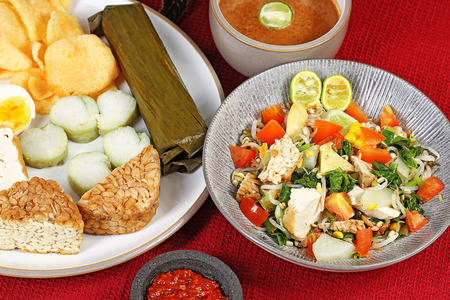 gado gado, famous Indonesian vegetables salad