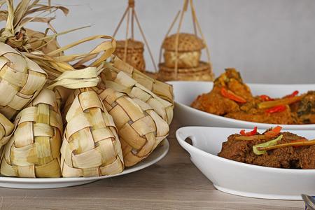 Lebaran Ketupat, comida indonesia para el día festivo Foto de archivo - 30420346