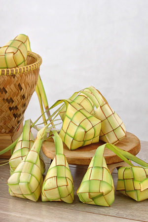 Lebaran Ketupat, comida indonesia para el día festivo Foto de archivo - 30420482