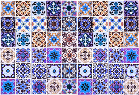 Vintage ceramic tiles wall decoration.Turkish ceramic tiles wall background Banco de Imagens - 115848844