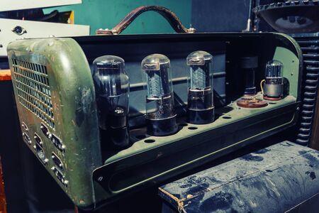 Vintage tube Valve Amplifier Banco de Imagens
