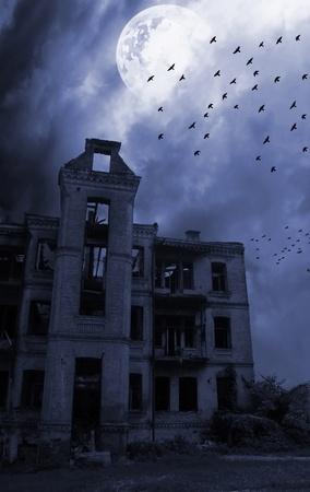 ghost town: Gloomy apocalypse landscape