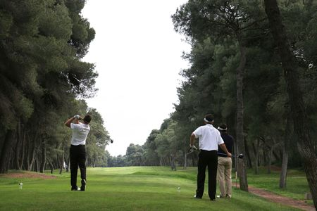 リヴァ ・ デイ ・ テッサリア ゴルフ コース、イタリアでゴルフのスイング