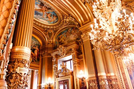 musique: PARIS, OCTOBER 02 , An interior view of Opera de Paris, Palais Garnier, It was built from 1861 to 1875 for the Paris Opera house an is shown on OCTOBER 02, 2010 in Paris.