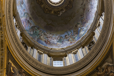 basilica of saint peter: VATICAN CITY, VATICAN – JUNE 15, 2015 : interiors and architectural details of Basilica of saint Peter, june 15, 2015, in Vatican city, Vatican Editorial