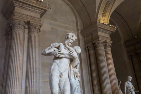 caryatids: PARIS, FRANCE, MARCH 13, 2017 : architectural details of the caryatids room, the Louvre palace, march 13, 2017, in Paris, France