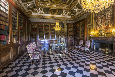 le: MAINCY, FRANCE, MARCH 30, 2017 : interiors and details of Vaux le vicomte castle, march 30, 2017, in Maincy, France Editorial