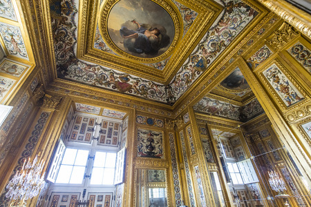 vaux: MAINCY, FRANCE, MARCH 30, 2017 : interiors and details of Vaux le vicomte castle, march 30, 2017, in Maincy, France Editorial