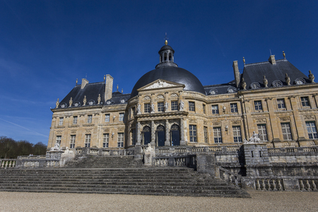 le: MAINCY, FRANCE, MARCH 30, 2017 : exteriors and architectural details of Vaux le vicomte castle, march 30, 2017, in Maincy, France