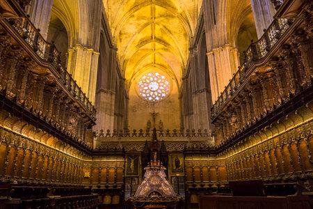 セビリア, アンダルシア州, スペイン, 5 月 23 日 2017: インテリアと 2017 年 5 月 23 日、セビリア、アンダルシア、スペインのセビリア大聖堂の詳細