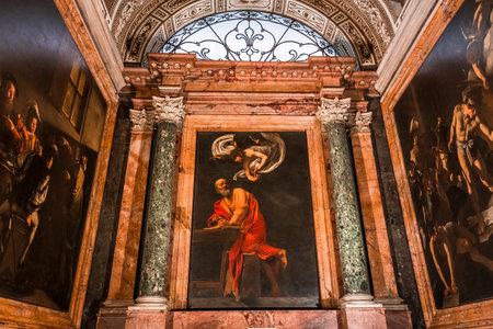 로마, 이탈리아, 6 월 14, 2015 : 인테리어 및 세인트 루이스 데 프랑 세 교회, 2015 년 6 월 14 일 로마, 이탈리아에서의 건축 세부 정보