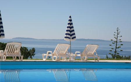 swimming pool in Le Lavandou, french riviera Editöryel