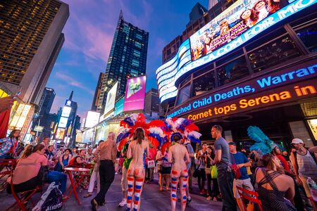 NEW YORK, UNITED STATES, JUNE 29, 2014 : People in Times Square, Manhattan, New York, USA, June 29, 2014, in New York, usa Redakční