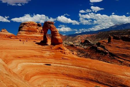 rock arch: Delicate Arch view at Arches National Park, Utah
