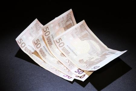 crisis economica: provocada por la crisis econ�mica y la necesidad de ser cuidadosos con el dinero