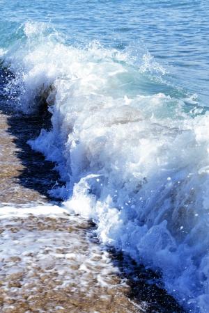 storming: big storm wave formation