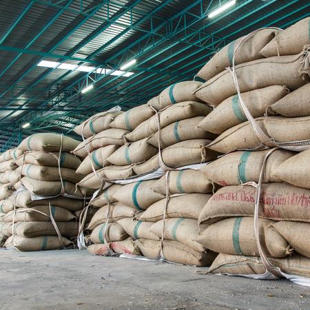 hemp sacks containing rice 免版税图像