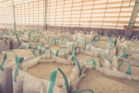 Big bag containing rice in warehouse 免版税图像 - 49401222