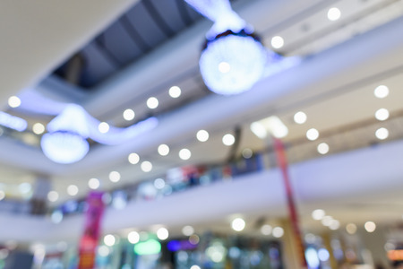 Abstract Blurry or Defocus Background of Shopping Mall with Light Decoration 免版税图像 - 96963096