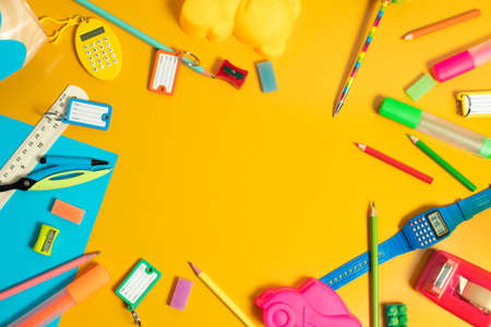 object for study in classroom, student learning with education, kids play fun and toy, top view background, children and knowledge, creative and idea, stationery back to school Stockfoto