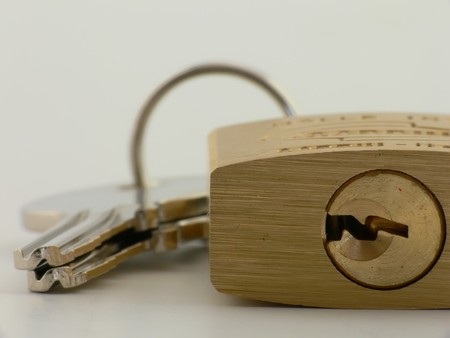ruggedness: Close up picture of a padlock with key and lock