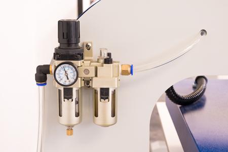 Medidor de válvula neumática o máquina de control de presión.
