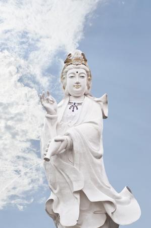 quan yin: Quan Yin statue  Stock Photo