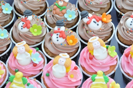 cerebrate: Christmas cupcakes  Stock Photo