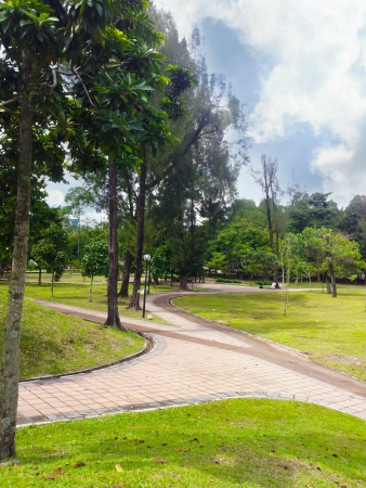 paveway: fresh scenery at the park suitable for jogging
