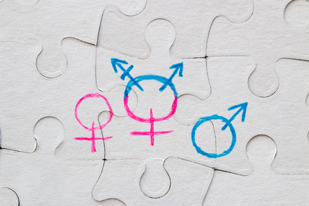 transgender symbol, female and male gender symbol drawn on the puzzle concept of equality Banque d'images