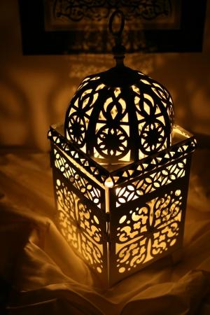 holder: Oriental Candle Holder
