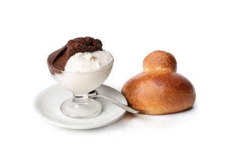 Sicilian almond granita - Almond coffee and brioche granita
