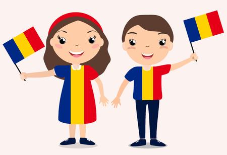 Lächelnde chilldren, Junge und Mädchen, eine Rumänien-Flagge halten lokalisiert auf weißem Hintergrund. Vektor Cartoon Maskottchen. Feiertagsillustration zum Tag des Landes, Unabhängigkeitstag, Flaggentag.