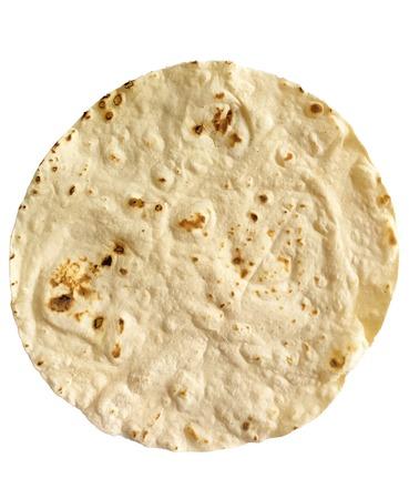 tortilla de maiz: Una sola tortilla de maíz en el fondo blanco Foto de archivo