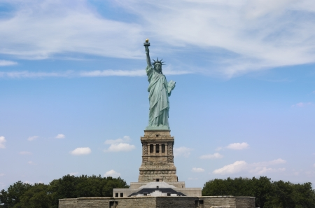 Veiw on the Statue of Liberty Stock Photo - 15371176