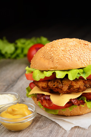 beef burger: Homemade tasty sandwich with meat and vegetables
