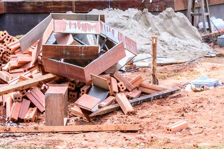 ferraille: Ferraille au chantier de construction.