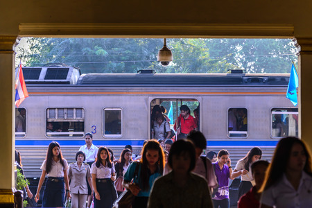 phra nakhon si ayutthaya: PHRA NAKHON SI AYUTTHAYA, THAILAND - 2015 September 21: Train passengers at Ayutthaya station in business hour. Editorial