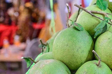 frescura: Frescura pomelo verde se est�n vendiendo en el mercado. Foto de archivo