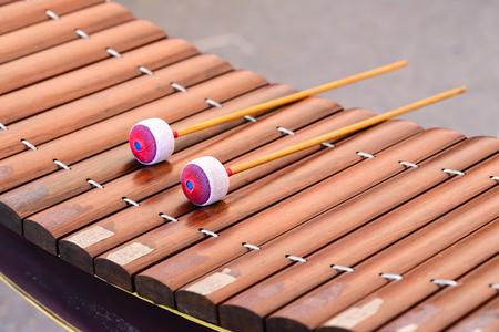 xilofono: Primer plano de Alto xilófono, instrumento tailandés.