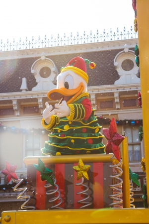 donald: DONALD DUCK - DEC 31: Celebrate Christmas New Year Festival on December 31, 2012 in Disneyland, Hong Kong