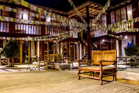 guest house: guest house Tibetan style hostel in shangri-la
