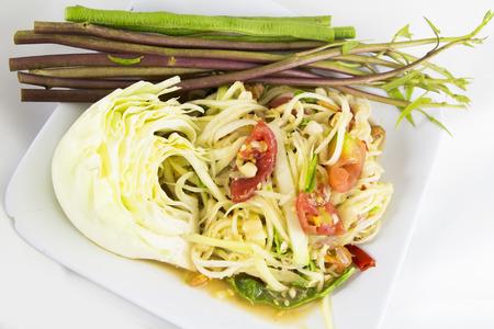 tam: Som tam (Thai papaya salad) recipe